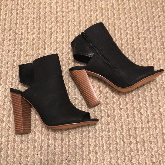Express Shoes - Express booties